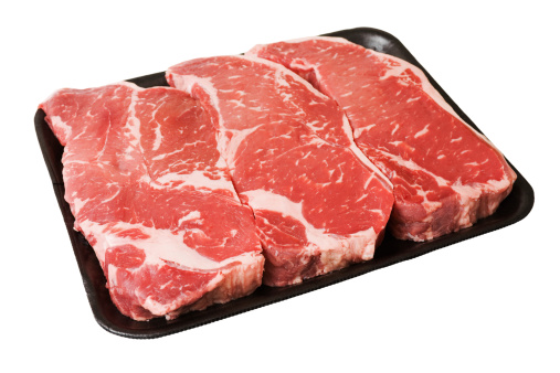 Raw Food「Black Styrofoam Tray of Raw Boneless New York Strip Steaks」:スマホ壁紙(18)