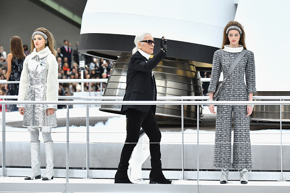 Finishing「Chanel : Runway - Paris Fashion Week Womenswear Fall/Winter 2017/2018」:写真・画像(4)[壁紙.com]