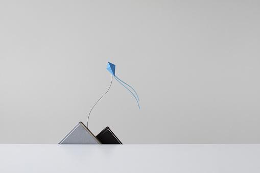 kite flying「Conceptual Papermade mountain range and kite」:スマホ壁紙(3)