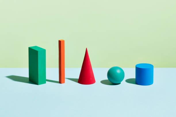 Conceptual image of geometric blocks:スマホ壁紙(壁紙.com)