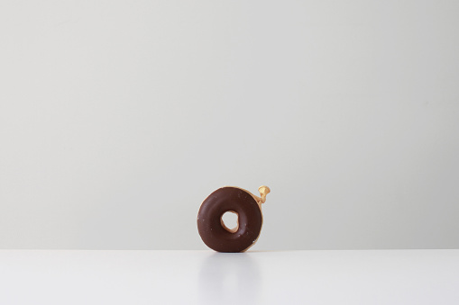 ドーナツ「Conceptual donut made from a balloon」:スマホ壁紙(2)