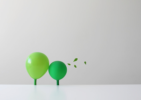 Balloon「Conceptual green balloons as trees」:スマホ壁紙(16)