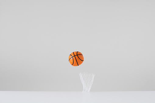 Taking a Shot - Sport「Conceptual basketball and net」:スマホ壁紙(19)
