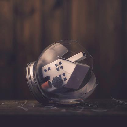割れガラス「壊れた家を描いた概念の画像」:スマホ壁紙(8)