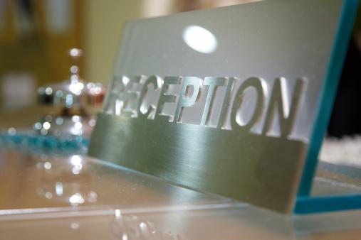 Hotel Reception「Hotel reception desk and bell」:スマホ壁紙(8)