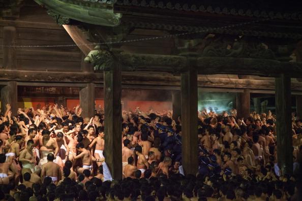 Japan「Saidaiji Temple Naked Festival Takes Place」:写真・画像(4)[壁紙.com]