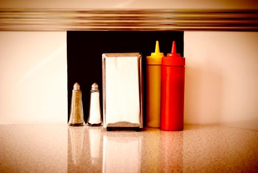 Salt - Seasoning「Table in a Diner」:スマホ壁紙(18)
