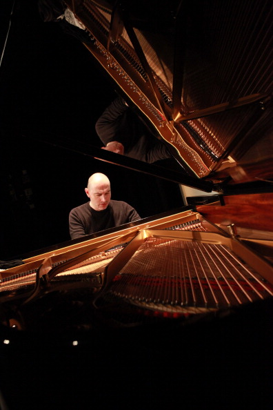T 「It's All About Piano! At The Institut Francais In London」:写真・画像(5)[壁紙.com]