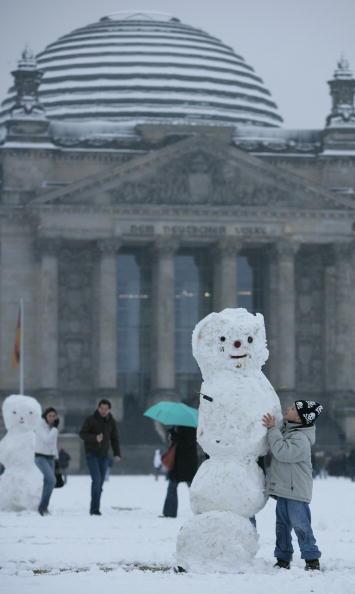 雪だるま「First Snow In Berlin」:写真・画像(19)[壁紙.com]