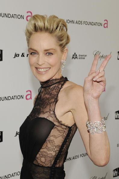 ドレス「17th Annual Elton John AIDS Foundation Oscar Party - Red Carpet」:写真・画像(12)[壁紙.com]