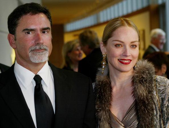 Husband「Sharon Stone and Husband Split」:写真・画像(13)[壁紙.com]