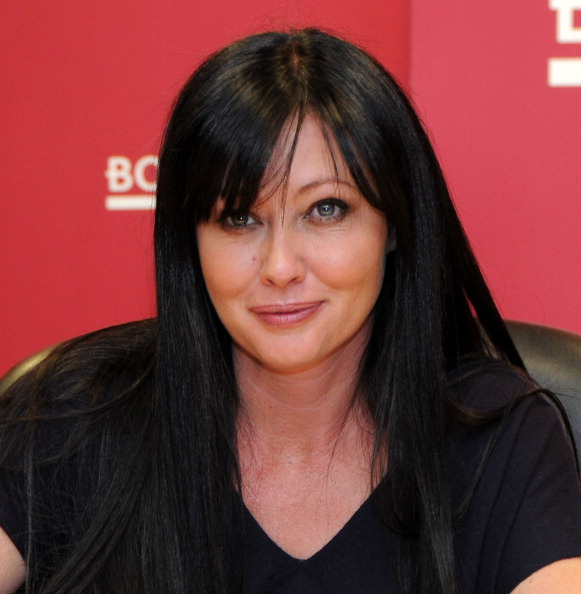 "Columbus Circle「Shannen Doherty Signs Copies Of ""Badass""」:写真・画像(16)[壁紙.com]"