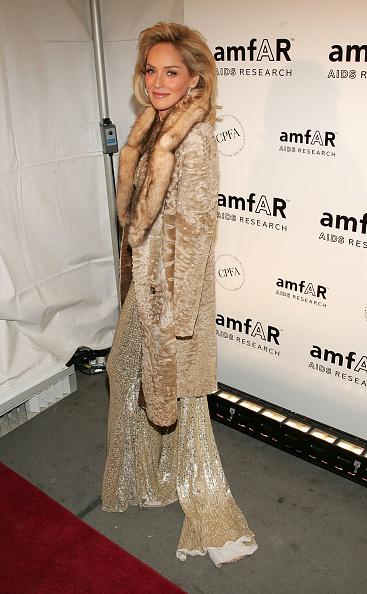 Halter Top「AmFAR Gala Honors The Work OF John Demsey & Whoopi Goldberg」:写真・画像(18)[壁紙.com]