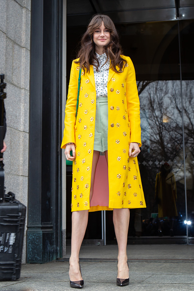 Yellow「Street Style - New York Fashion Week February 2019 - Day 5」:写真・画像(13)[壁紙.com]
