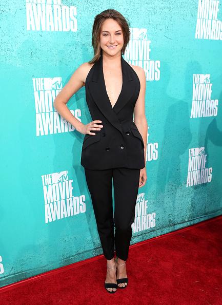 Straight leg pants「2012 MTV Movie Awards - Red Carpet」:写真・画像(19)[壁紙.com]
