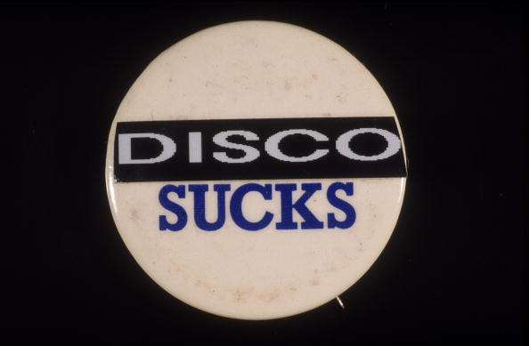 Clubbing「'Disco Sucks' Button」:写真・画像(4)[壁紙.com]