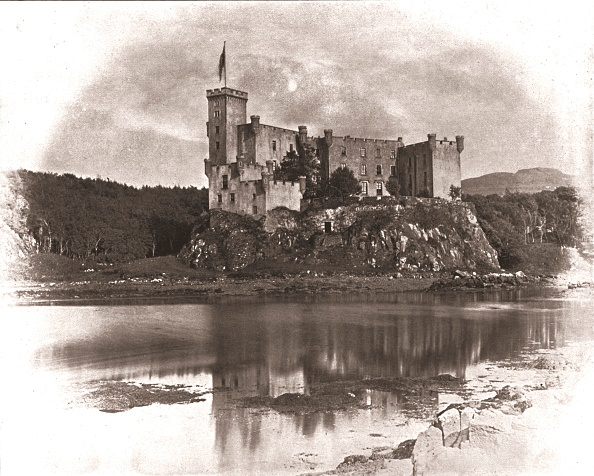 Circa 14th Century「Dunvegan Castle」:写真・画像(12)[壁紙.com]