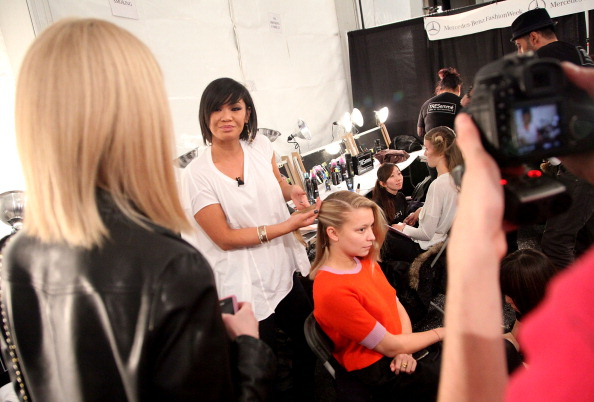Annabelle Dexter Jones「TRESemme at Charlotte Ronson - Backstage - Fall 2011 Mercedes-Benz Fashion Week」:写真・画像(10)[壁紙.com]