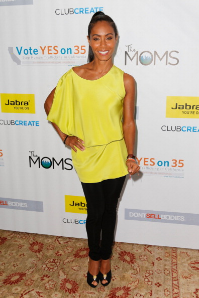 Blouse「Jada Pinkett Smith And The Moms Afternoon Tea Conversation About How To Stop Human Trafficking」:写真・画像(17)[壁紙.com]