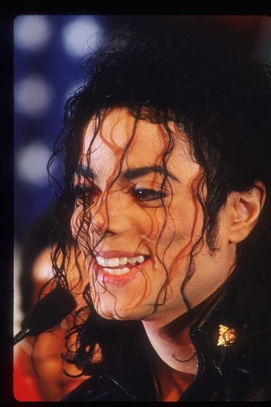 笑顔「Michael Jackson Appears At A Pepsi Press Conference」:写真・画像(14)[壁紙.com]