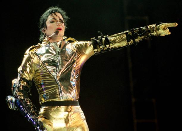 Michael Jackson HIStory World Tour:ニュース(壁紙.com)