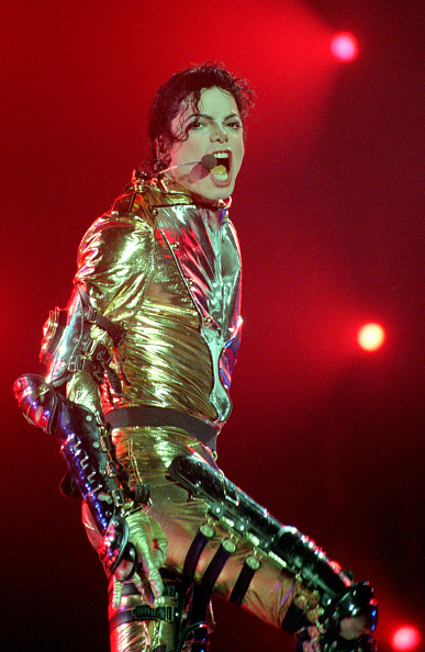 Singing「Michael Jackson HIStory World Tour」:写真・画像(8)[壁紙.com]