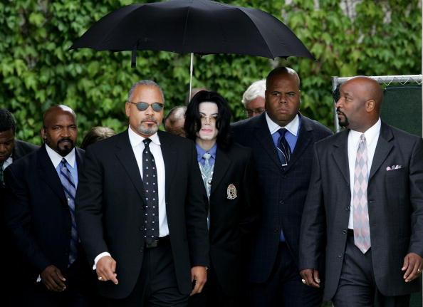 Protection「Michael Jackson Trial Continues」:写真・画像(8)[壁紙.com]