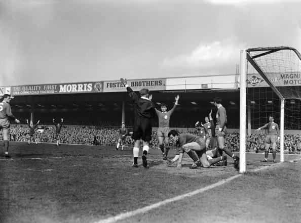 Liverpool - England「Goal Disallowed」:写真・画像(5)[壁紙.com]