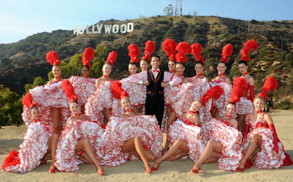 Hollywood Sign「Moulin Rouge Dancers Visit Los Angeles」:写真・画像(17)[壁紙.com]