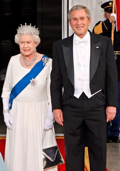 アメリカ合州国「President Bush Hosts Queen Elizabeth At The White House」:写真・画像(8)[壁紙.com]