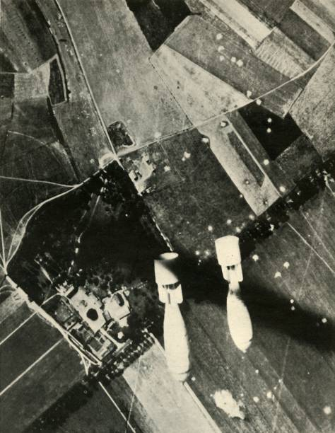 More British Bombs On An Enemy-Held Aerodrome:ニュース(壁紙.com)