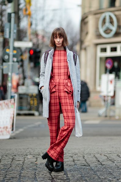 タータンチェック「Street Style Day 3 - Mercedes-Benz Fashion Week Berlin A/W 2017」:写真・画像(1)[壁紙.com]