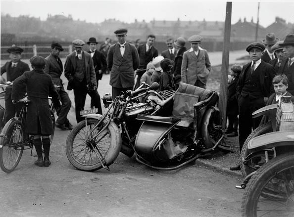 Wrapped「Motorcycle Crash」:写真・画像(9)[壁紙.com]