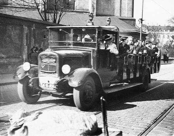 乗り物・交通「Nazi Charabanc」:写真・画像(12)[壁紙.com]