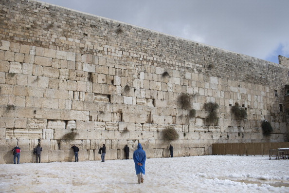 Wailing Wall「Snow Storms Continue In Israel」:写真・画像(8)[壁紙.com]