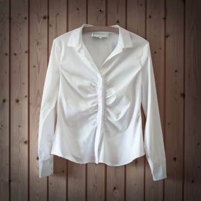Well-dressed「White Business Blouse」:スマホ壁紙(6)