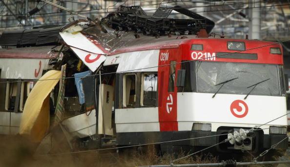 2004 Madrid Train Bombings「Madrid Train Blasts Cause Devastation」:写真・画像(1)[壁紙.com]
