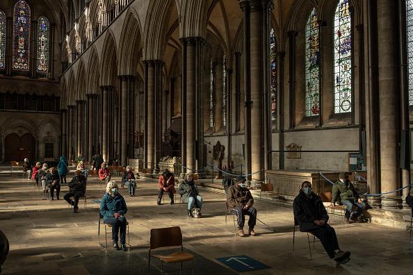 Salisbury - England「Covid-19 Vaccinations At Salisbury Cathedral」:写真・画像(7)[壁紙.com]
