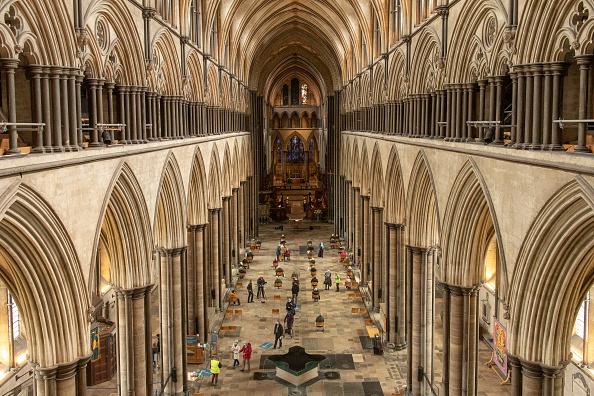 Salisbury - England「Covid-19 Vaccinations At Salisbury Cathedral」:写真・画像(4)[壁紙.com]