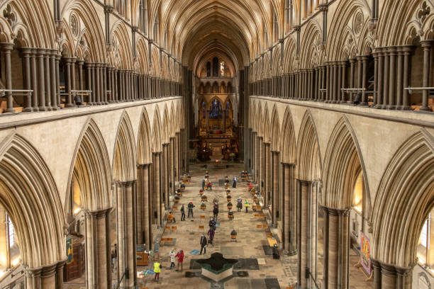Covid-19 Vaccinations At Salisbury Cathedral:ニュース(壁紙.com)