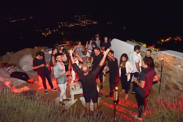 Mykonos「Velocity Black Private Villa Experience in Mykonos」:写真・画像(3)[壁紙.com]