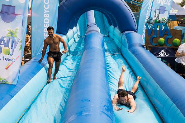 Tristan Fewings「Vita Coco Brings The UK's Biggest Slip 'N' Slide To London」:写真・画像(13)[壁紙.com]