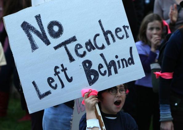 Support「San Francisco Area Teachers Protest Pink Slips」:写真・画像(5)[壁紙.com]