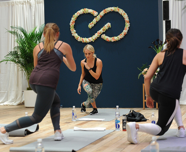 Exercising「Carrie Underwood Hosts An Event For Her Athletic Apparel Line CALIA At New York Fashion Week」:写真・画像(17)[壁紙.com]