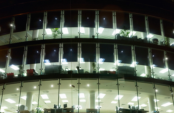 Full Frame「Offices, night, Harcourt, Dublin, Ireland 2008」:写真・画像(15)[壁紙.com]