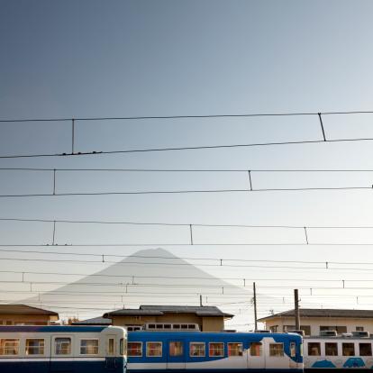 Active Volcano「Kawaguchiko Station with Mt. Fuji in backgroup」:スマホ壁紙(2)
