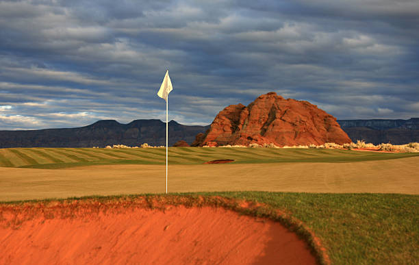 Desert Golf Green:スマホ壁紙(壁紙.com)