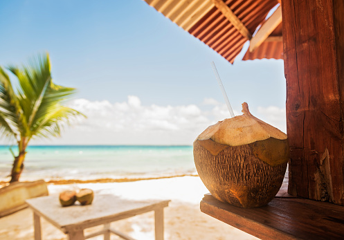 Beach Hut「Dominican Republic, Tropical cocktail on tropical beach」:スマホ壁紙(9)