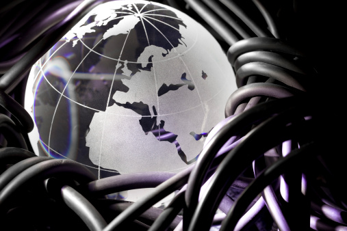 Latitude「Internet: European」:スマホ壁紙(13)