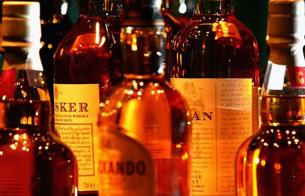 Bottle「Whisky tasting At The Glenkinchie Distillery」:写真・画像(12)[壁紙.com]